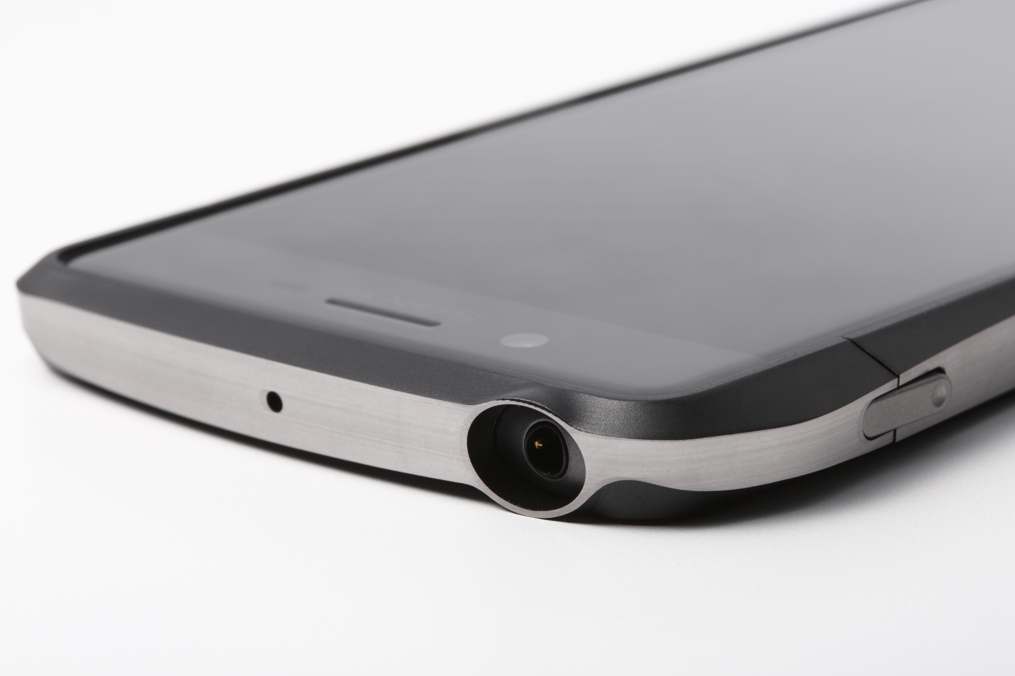 DCB-XXPWA6_Detail_Headphone